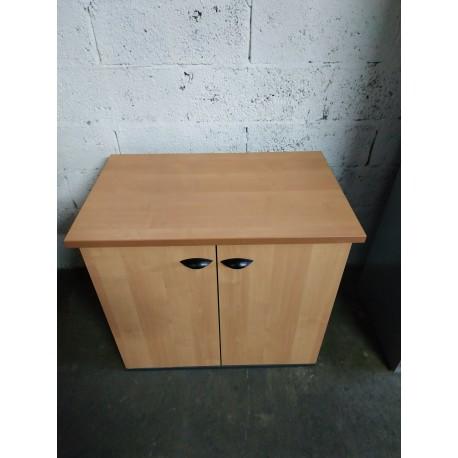 Petite armoire de bureau