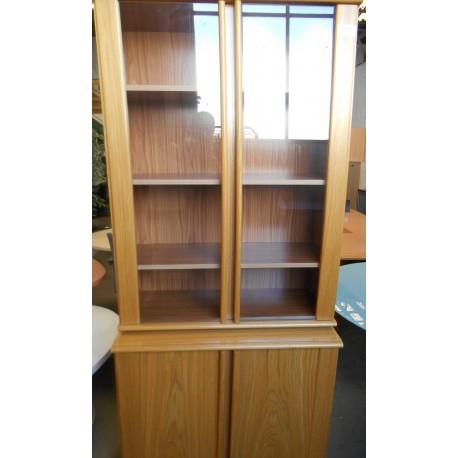 Bibliothèque/porte vitrée